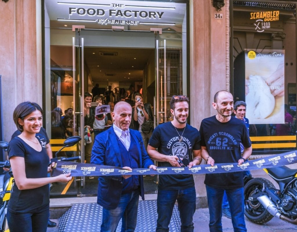 Scrambler Ducati Food Factory D'Azeglio